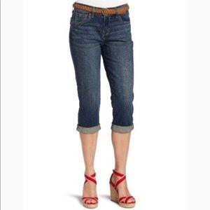 Levi Denizen Totally Shaping Capri Cuffed Jeans